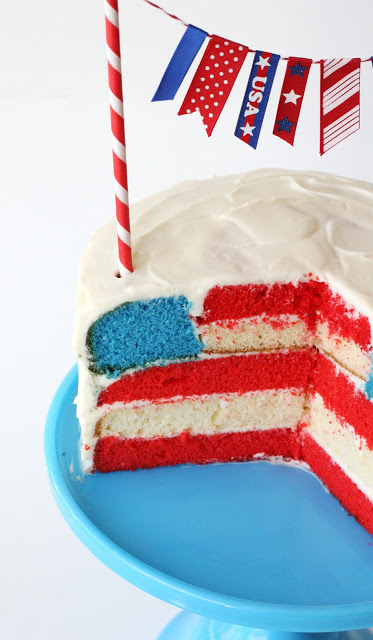 We've found 15 of the Best American Flag Desserts inspired by Old Glory. These red, white and blue desserts will wow your guests at your Fourth of July party or summer family BBQ! These 15 yummy Patriotic Desserts are delicious 4th of July treats. Pin these easy to make Independence Day desserts for later and follow us for more 4th of July Food Ideas.